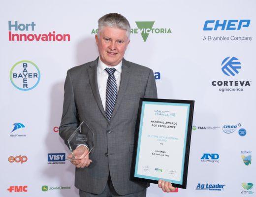 Industry leader Ian Muir honoured with AUSVEG Lifetime Achievement Award